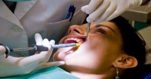 A periodontite crônica, seus sintomas e tratamentos