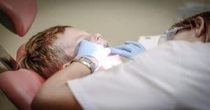 Formocresol é utilizado para garantir a manutenção da saúde bucal