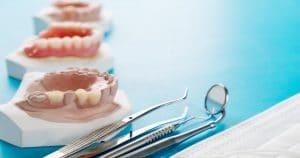 Términos cervicais fazem parte do processo das próteses dentárias