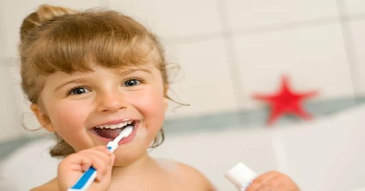 Ensinar crianças a escovar o dente é necessário! Saiba como fazer!