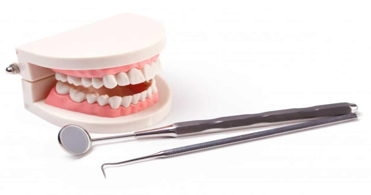 Tipos de prótese dentária: qual o melhor para o meu caso?
